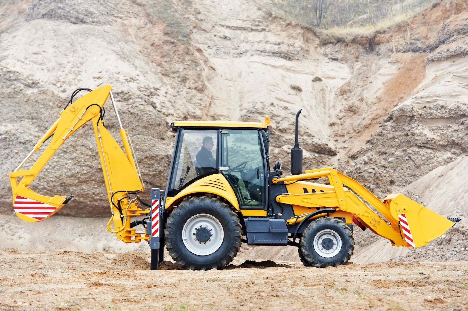 Loaders and Backhoes Online Course